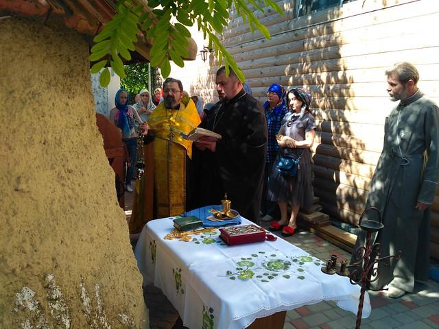 Молебень біля скиту святителя Спиридона Тримифунтського 16 чрвня 2017 року