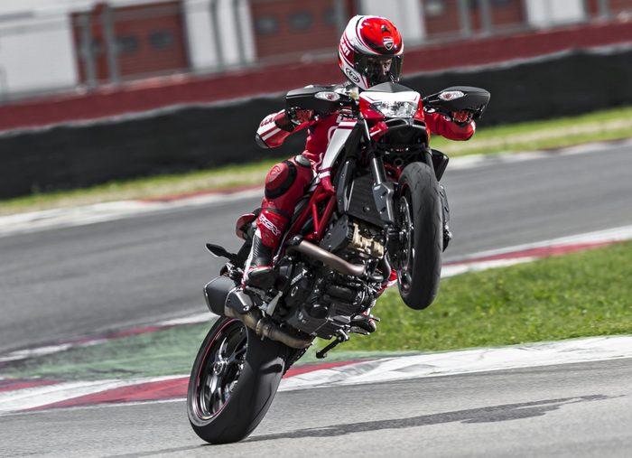 Ducati HM 821 Hypermotard SP 2015 - 1