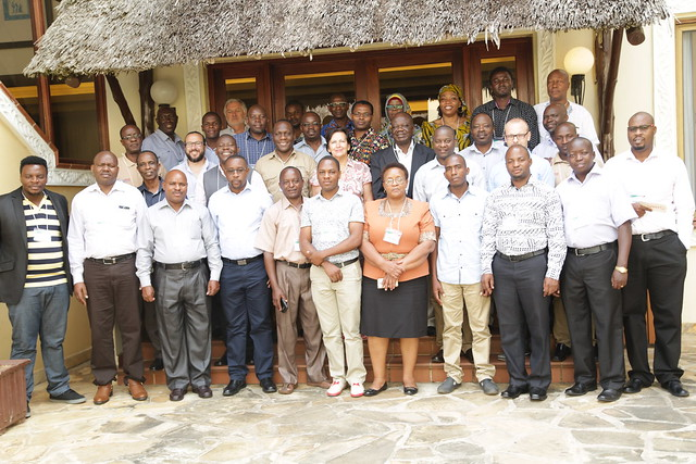 Participants group photo: Africa RISING – NAFAKA Project Review and End-of-Phase Meeting. Photo credit: Gloriana Ndibalema/IITA.