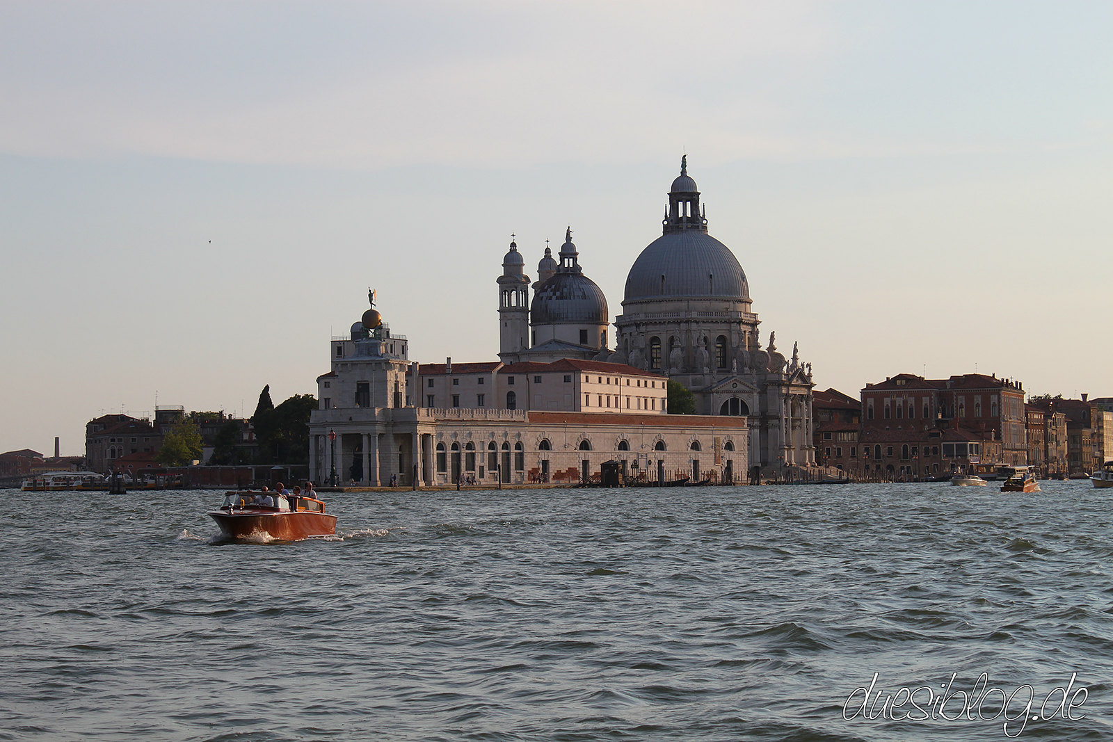 Venice Santa Maria della Salute travelblog duesiblog 16