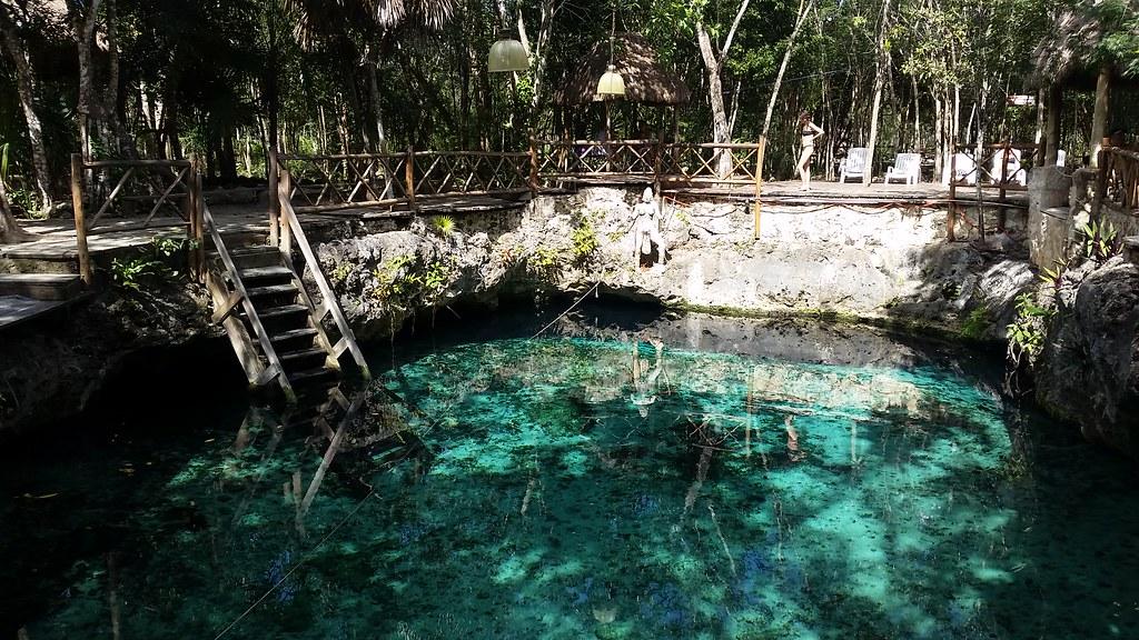 Cenote Zacil-Ha, Mexico
