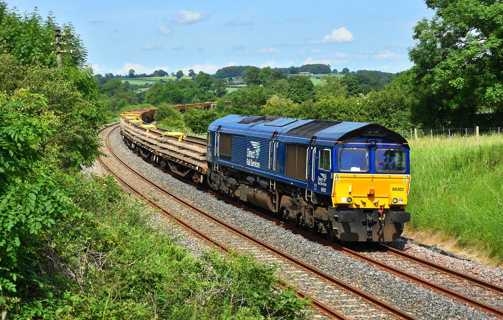 66302 6K05 Carlisle-Crewe engineers, Chatburn 19.06.2017