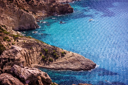 nature ibiza beautyinnature highangleview beach scenics aerialview traveldestinations nopeople spain explore holiday vacations water rockobject day landscape outdoors copyspace blue sea spain♥ amazing frommypointofview