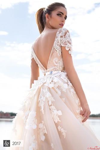 Салон White Rose > Latifa by Lorenzo Rossi