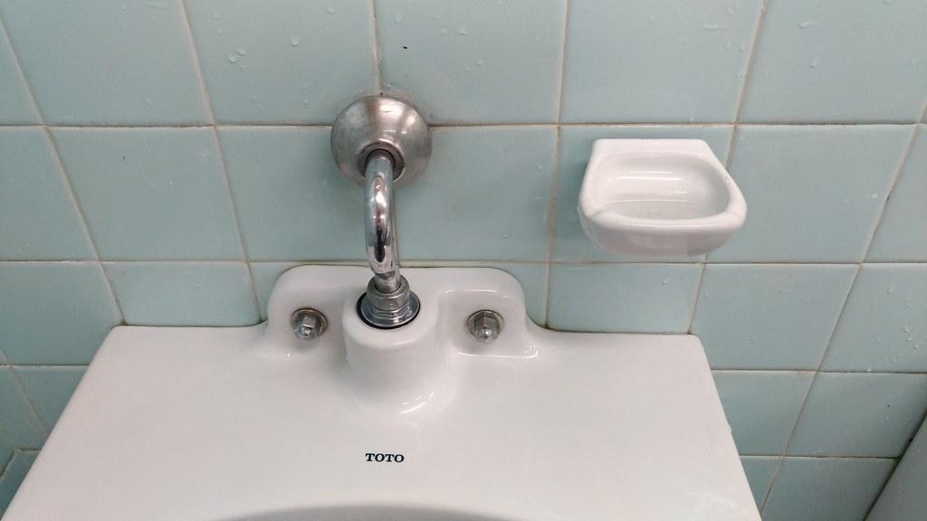 西宮神社 トイレ灰皿