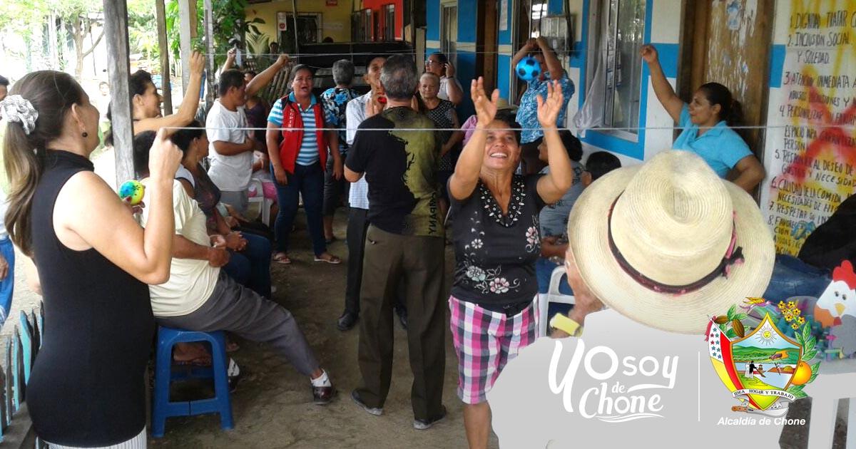 Alcaldía de Chone realiza campaña en favor de adultos mayores