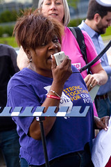 Jacqui Algee VP of External Relations SEIU Healthcare Illinois Protest at Fundraiser for Illinois Governor Bruce Rauner Rosemont 6-19-17 119