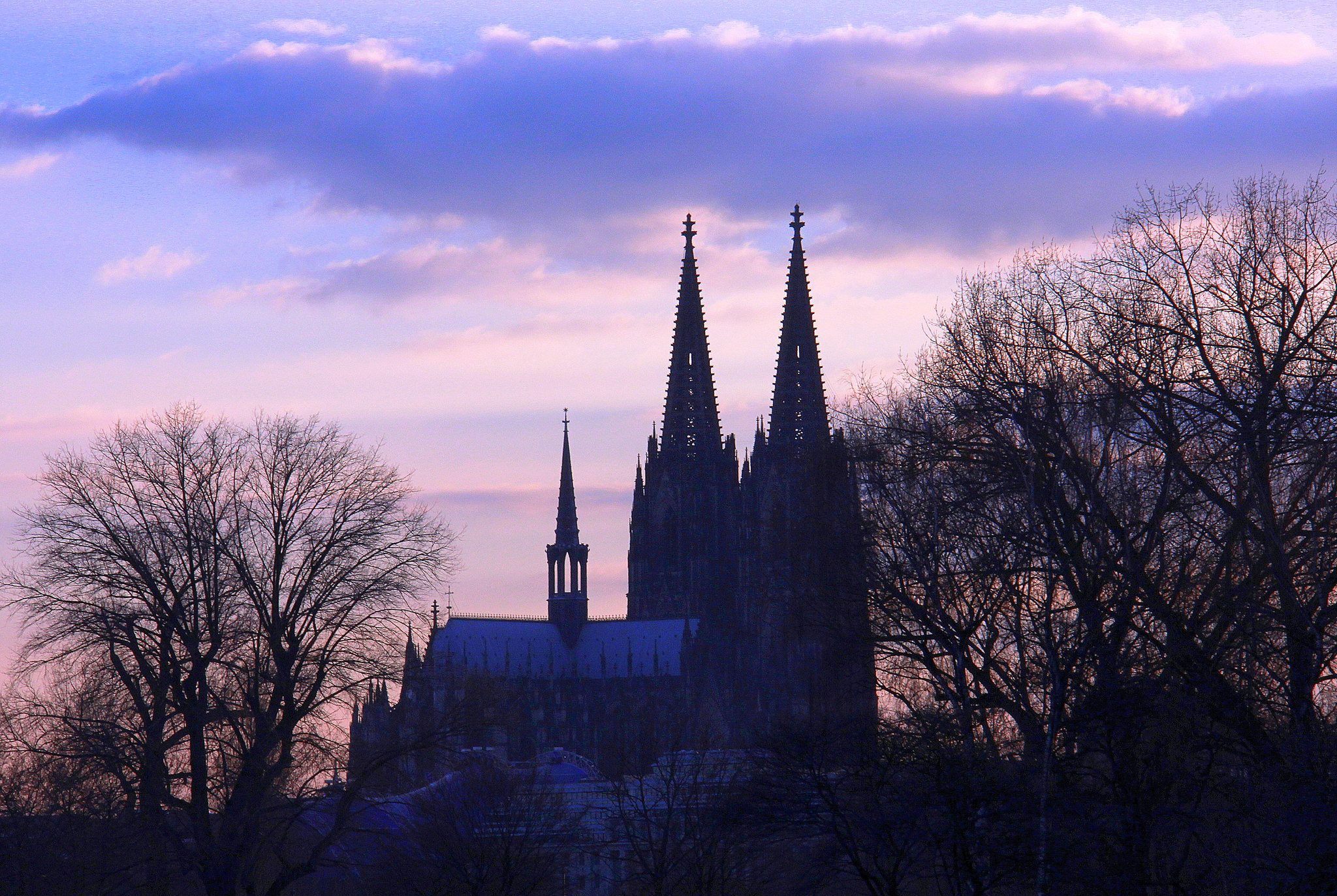 Kiln city skyline is dominated by the Cologne Cathedral