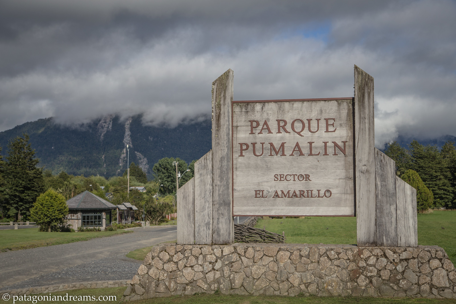 Parque Pumalín was Chile's largest private nature reserve and operated as a public-access park, with an extensive infrastructure of trails, campgrounds, and visitor centers. By an accord announced on 18 March 2017, the park was gifted to the Chilean state and consolidated with another 4,000,000 ha (9,884,215 acres) to become part of South America's largest national park, X Región de Los Lagos, Patagonia, Chile.