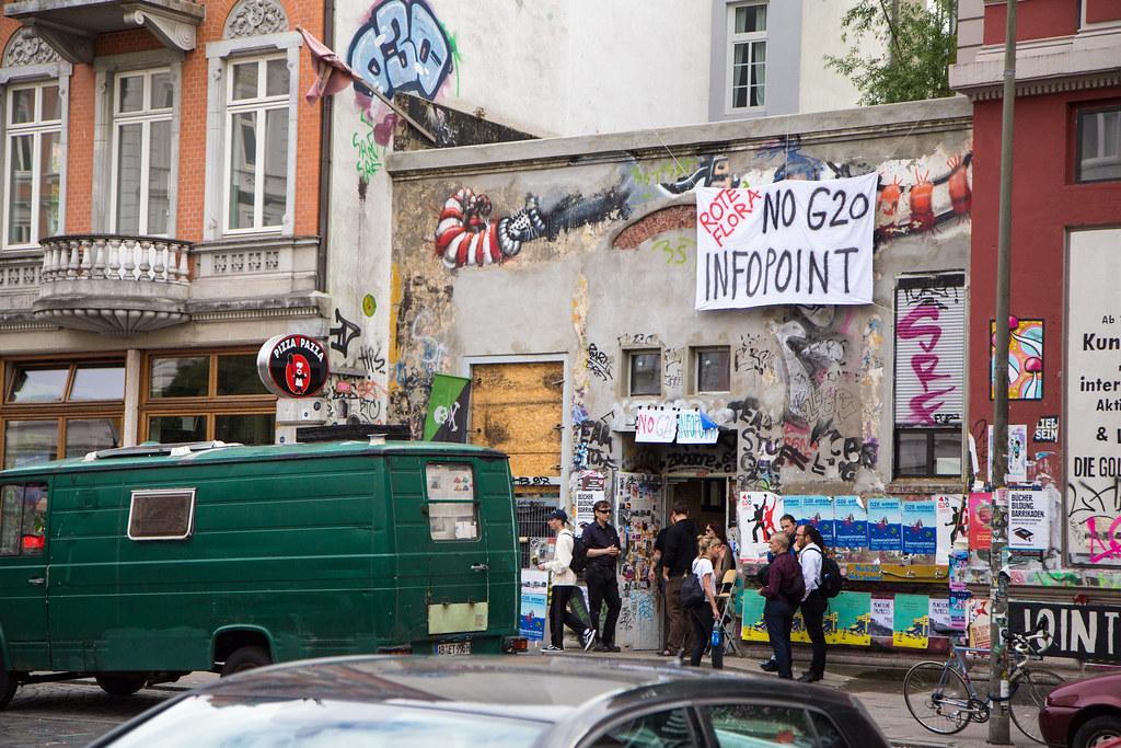 G20 Gipfel in Hamburg: Rote Flora No G20 Infopoint