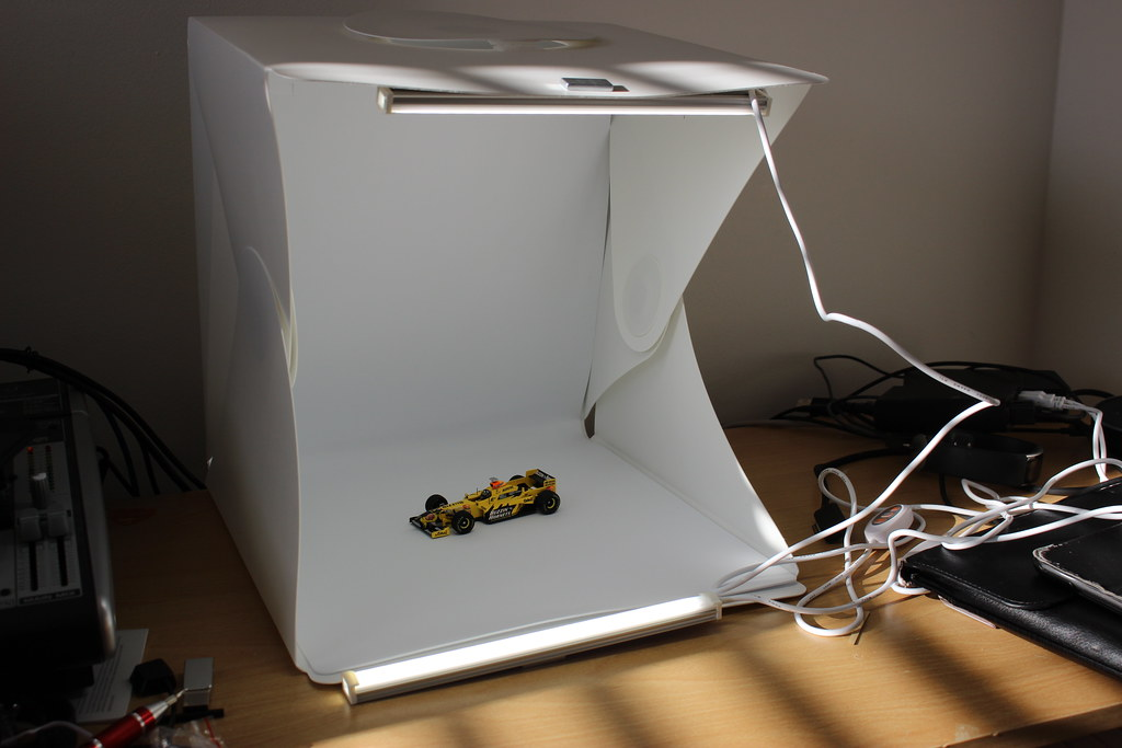 Zecti Photo Light Box with USB lights
