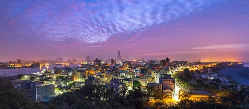 85大樓 taiwan 高雄 sunrise 火燒雲 高雄旗后砲台 旗後砲臺 寬景 panorama widescreen 旗津