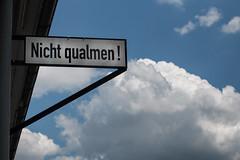 Nicht Qualmen!