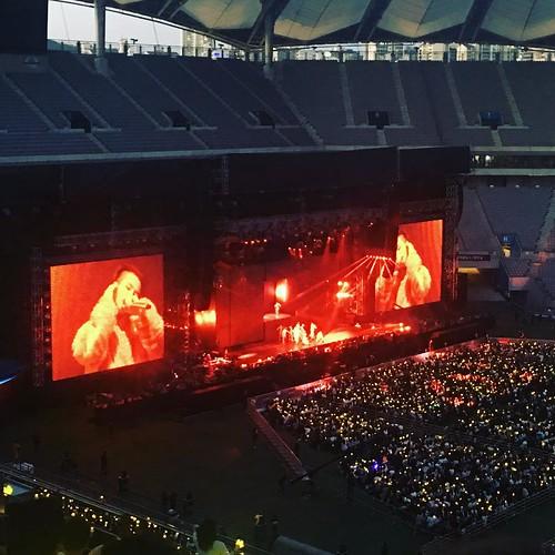 G-Dragon ACT III MOTTE in Seoul (23)