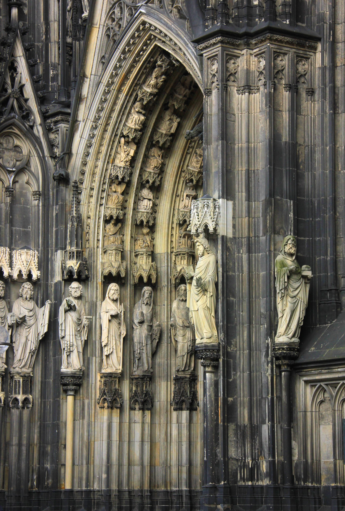 The stunning doorways of the Cologne Cathedral