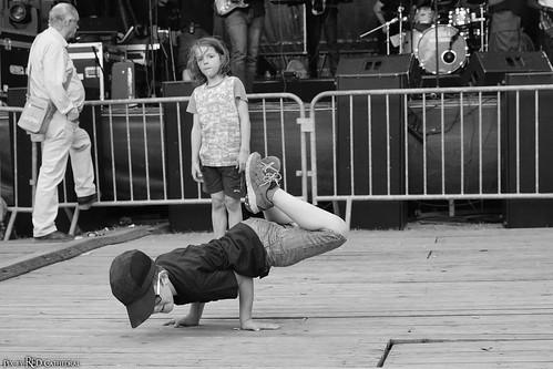 When capoeira meet breakdance