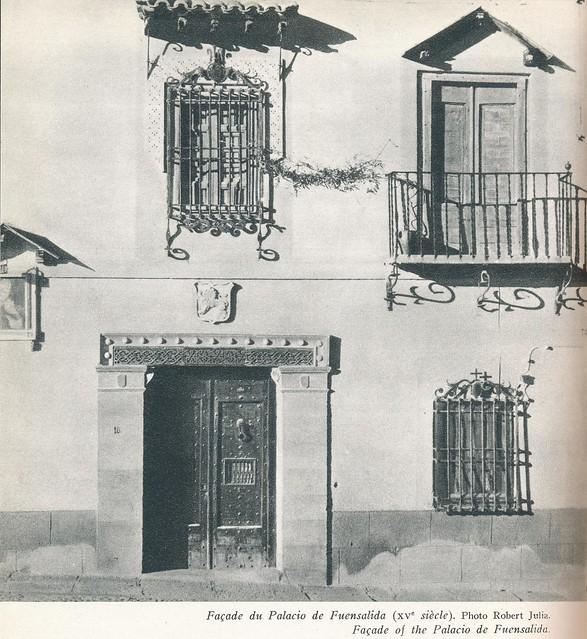 Casa del Anticuario Justo García Callejo. Libro de Víctor Crastre. Foto de Robert Julia