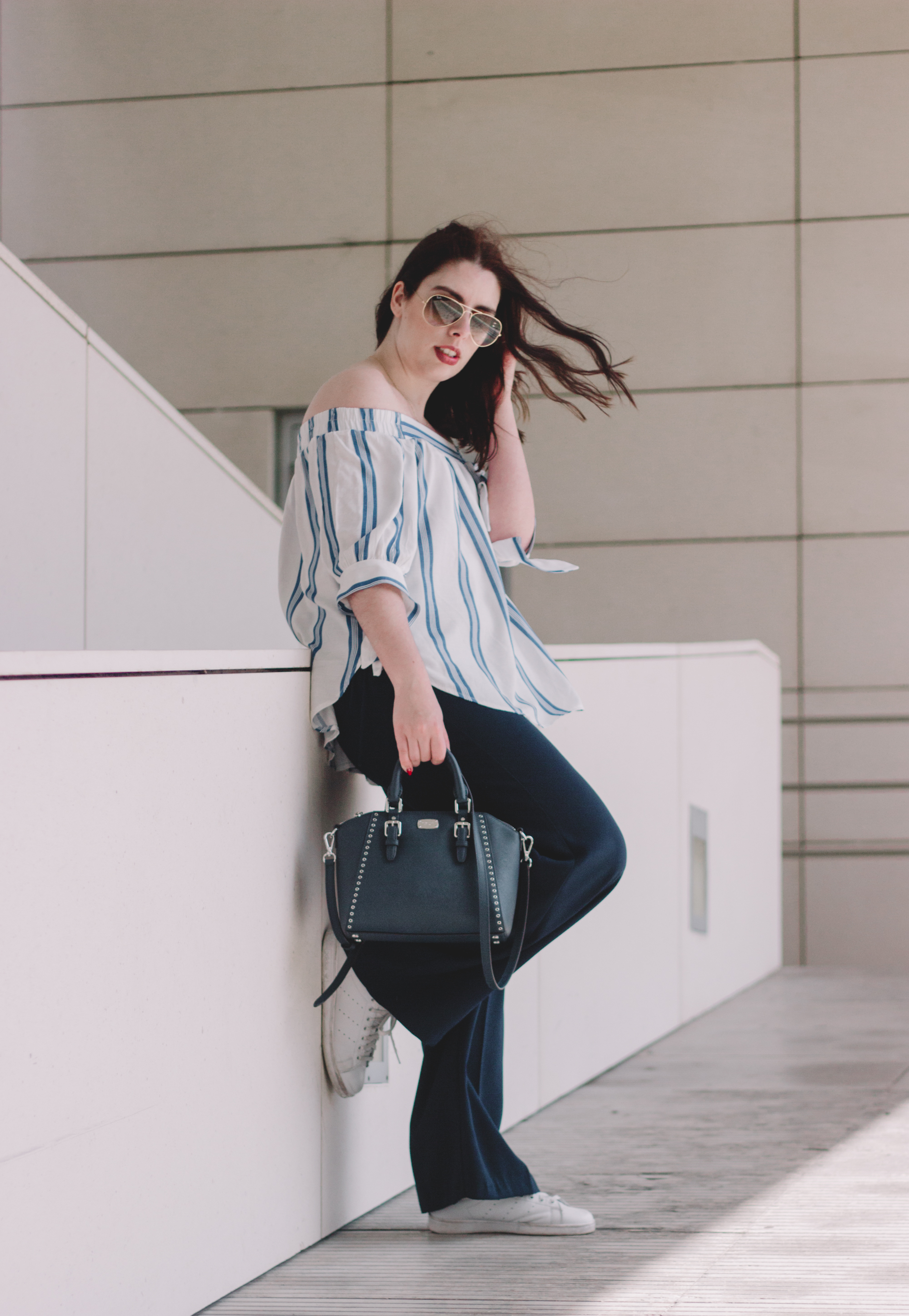 outfit-blue-stripes-summer