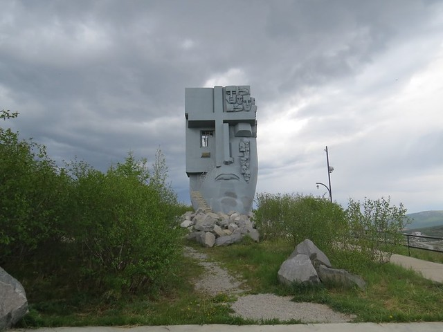 Monument-to-those-who-lost-their-lives