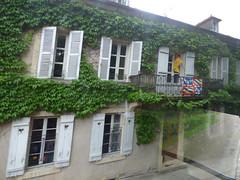 On the coach to Semur-en-Auxois - Rue de Paris