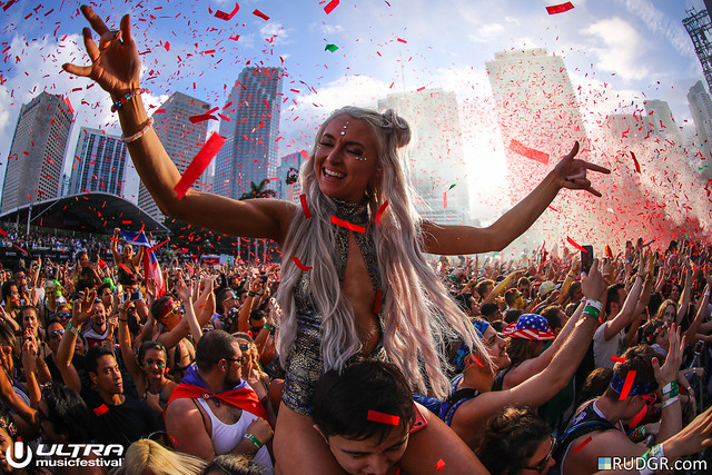 Ultra Music Festival 2017, Canon EOS 5D MARK IV, Canon EF 8-15mm f/4L Fisheye USM