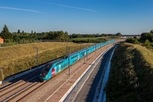 04 juillet 2017  TGV D 767-770  Train 7652 Bordeaux -> Massy-TGV  Aubie-et-Espessas (33)