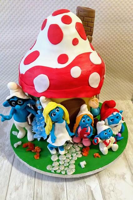 Cake by Monika Maliszewska of Domowa Cukierenka Moni