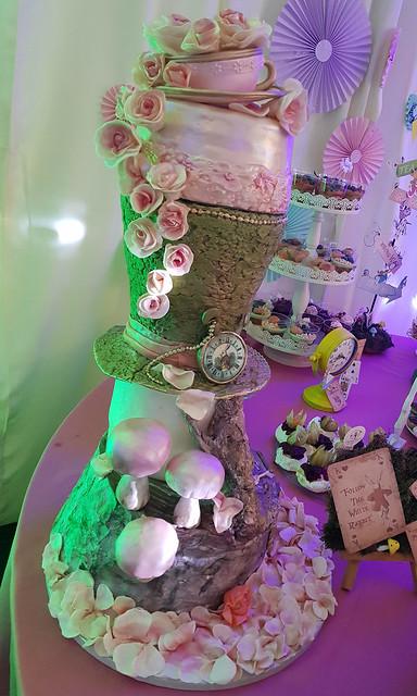 Cake by Raluca Raut