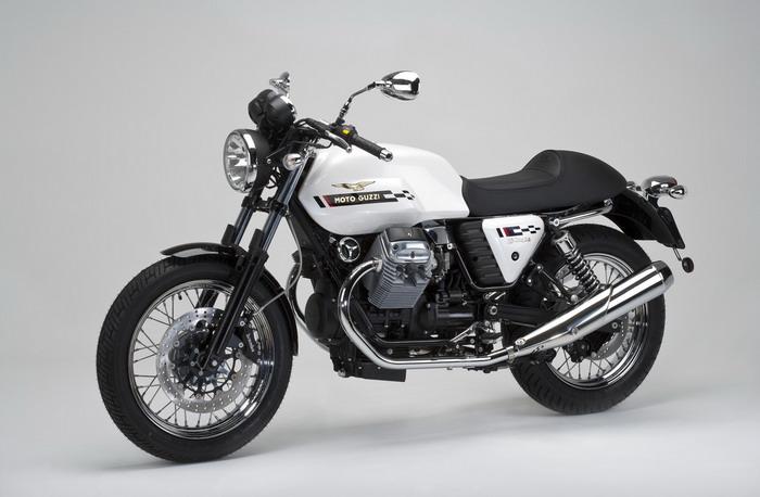 Moto-Guzzi V7 750 Cafe Classic 2010 - 22