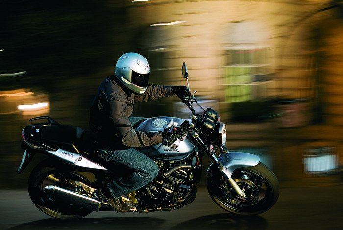 Honda CBF 600 N 2004 - 15