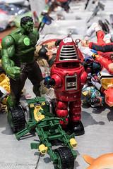 The Hulk Meets Robbie the Robot