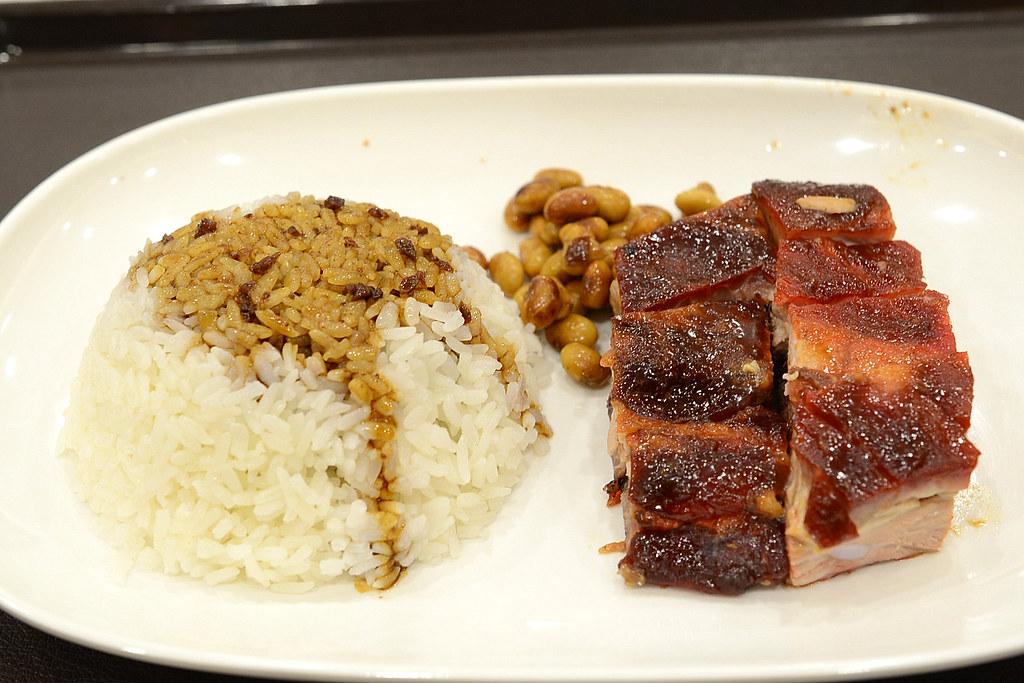 了凡香港油雞飯麵 - 排骨飯