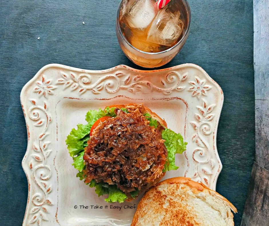 Pulled Chicken Burger is served!