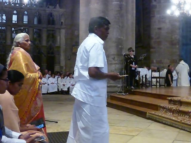 2017 06 25 Ordination presbyérale Manoj Visuvasam, cathédrale de Rodez (203)