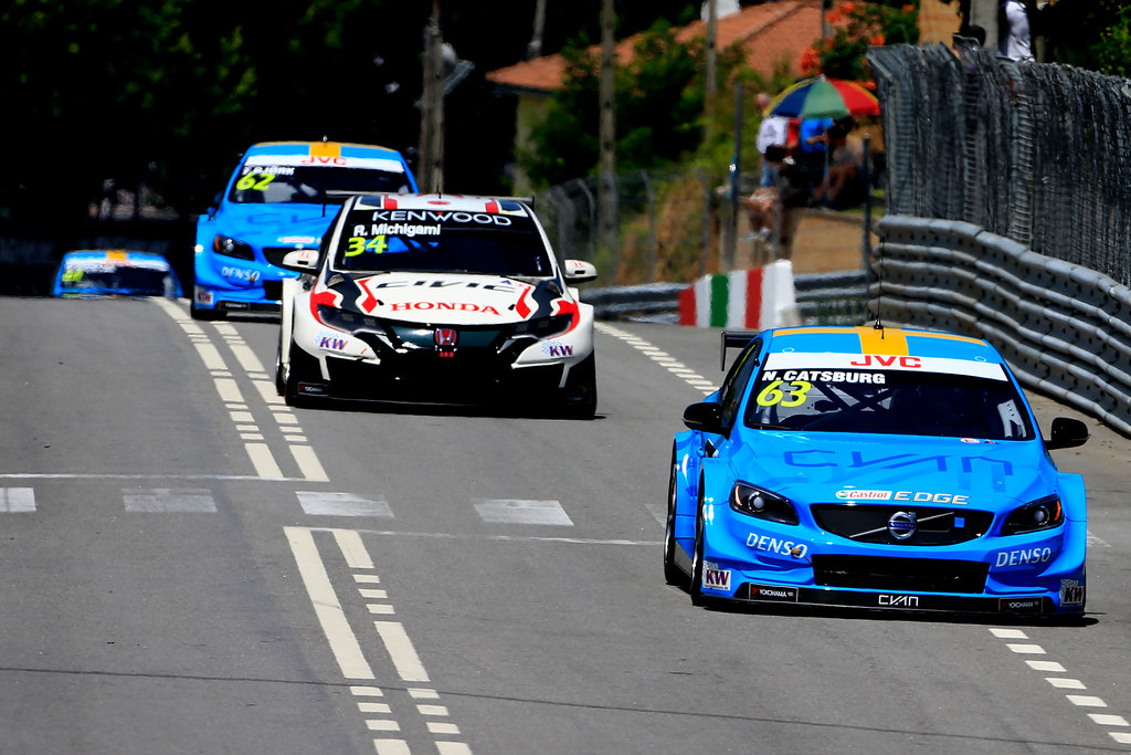 63 CATSBURG Nicky (ned) Volvo S60 Polestar team Polestar Cyan Racing action 34 MICHIGAMI Ryo (jpn) Honda Civic team Honda racing team Jas action during the 2017 FIA WTCC World Touring Car Championship race of Portugal, Vila Real from june 23 to 25 - Photo Paulo Maria / DPPI