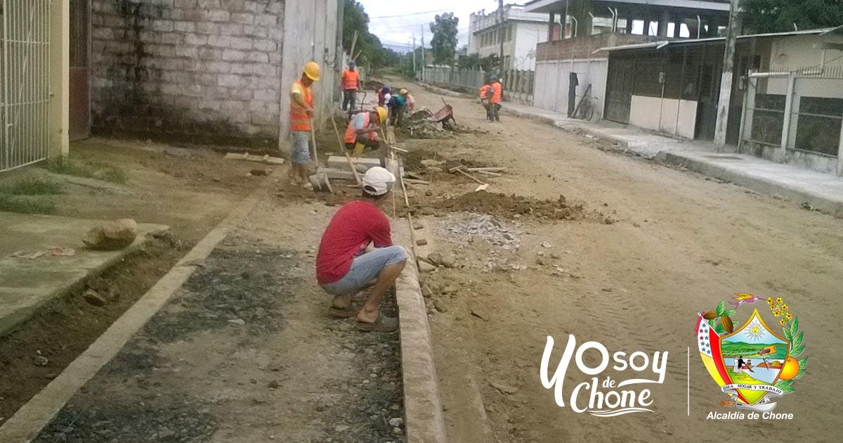 Alcaldía realiza obras en calles R21 y Sin Nombre de la ciudadela Kennedy 1