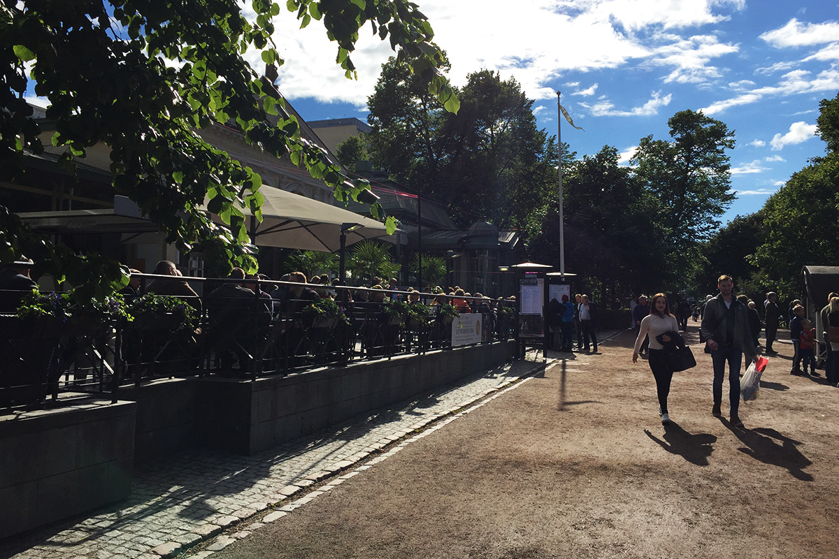 Kappeli_Esplanadinpuisto