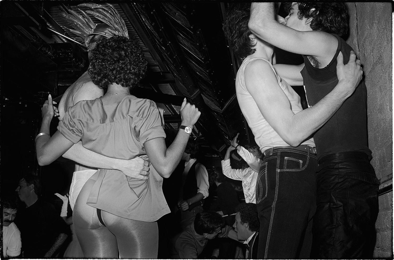 70年代美國紐約傳奇夜店「Studio 54」,政商名流性解放、嬉皮爆棚的 Disco 盛世16