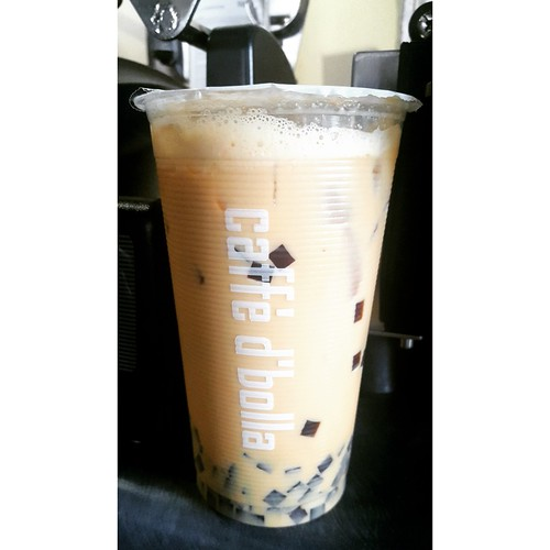 custard bubble milk tea with coffee jellies