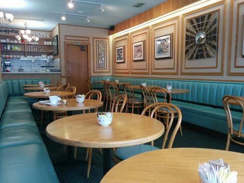 Fabian's Cafe