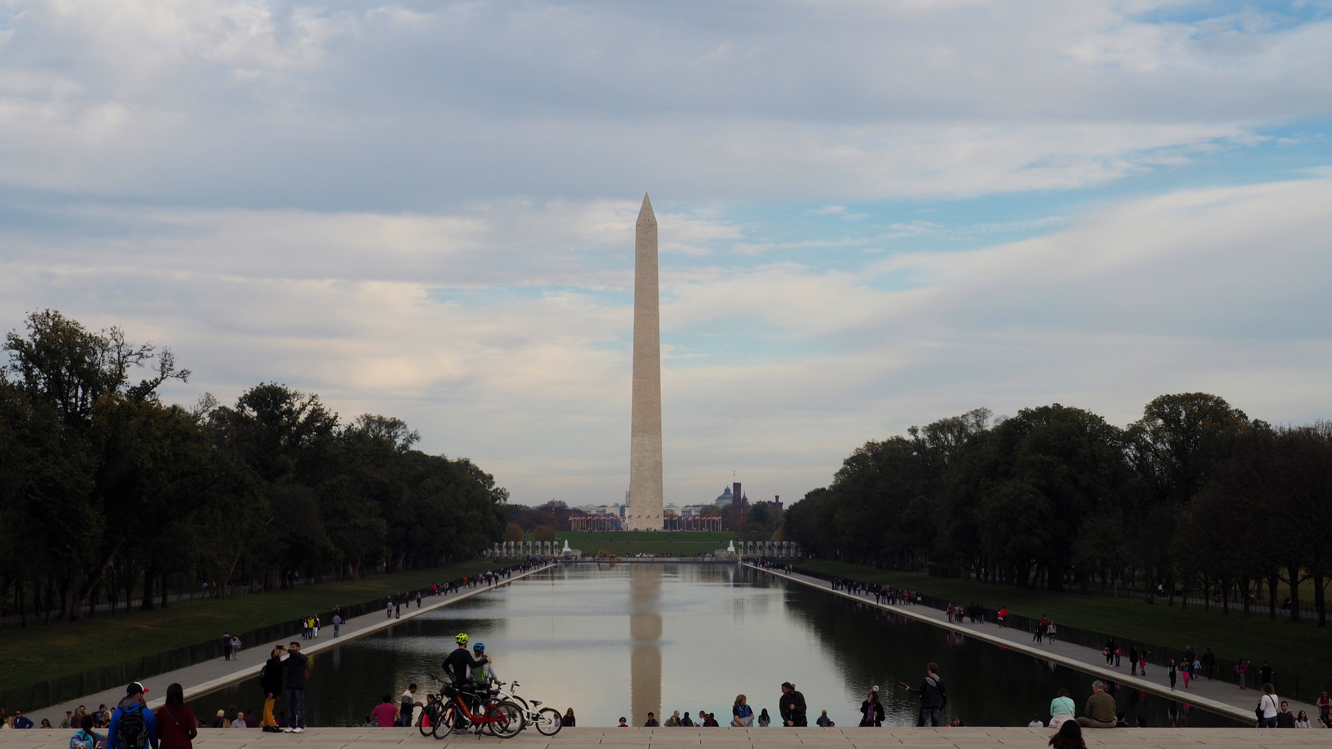 Washington_Monument_Reflecting_Pool_Washington_DC