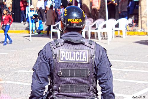perú sudamérica ayacucho huamanga policía policíanacionaldelperú