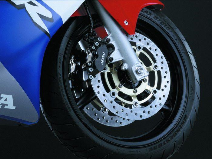 Honda CBR 600 F 2001 - 10