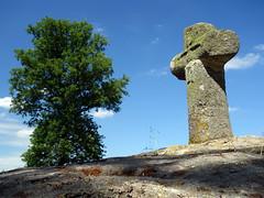 Le menhir christianisé de Bougettin près de Dingé - Ille-et-Vilaine - Juin 2017 - 09