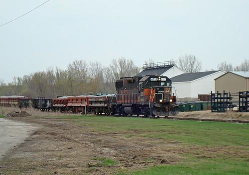 SOO 4512 South Poynette, ballast train 4/24/2008