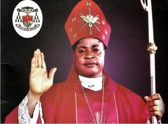 Các linh mục thuộc Ahiara có 30 ngày bày tỏ sự tuân phục nếu không sẽ bị treo chén