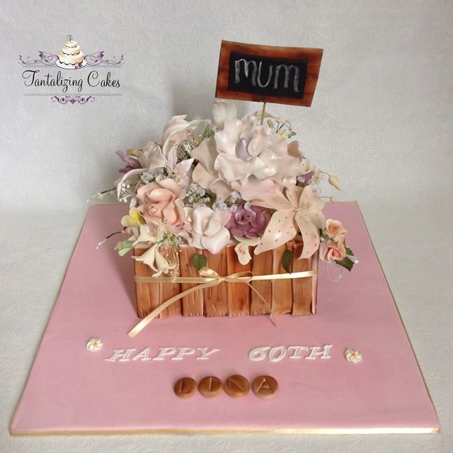 Cake by Tantalizing Cakes