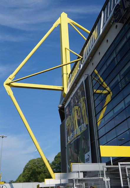 Signal Iduna Park Dortmund, Sony NEX-F3, E 18-55mm F3.5-5.6 OSS