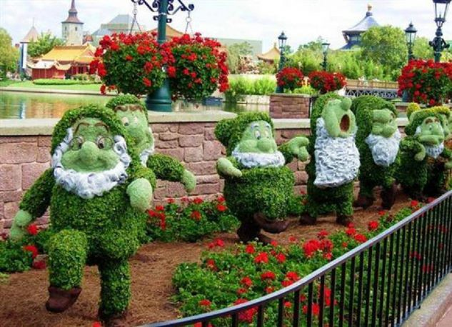 Cute Ideas for Garden Arrangement With Flowers and Grass