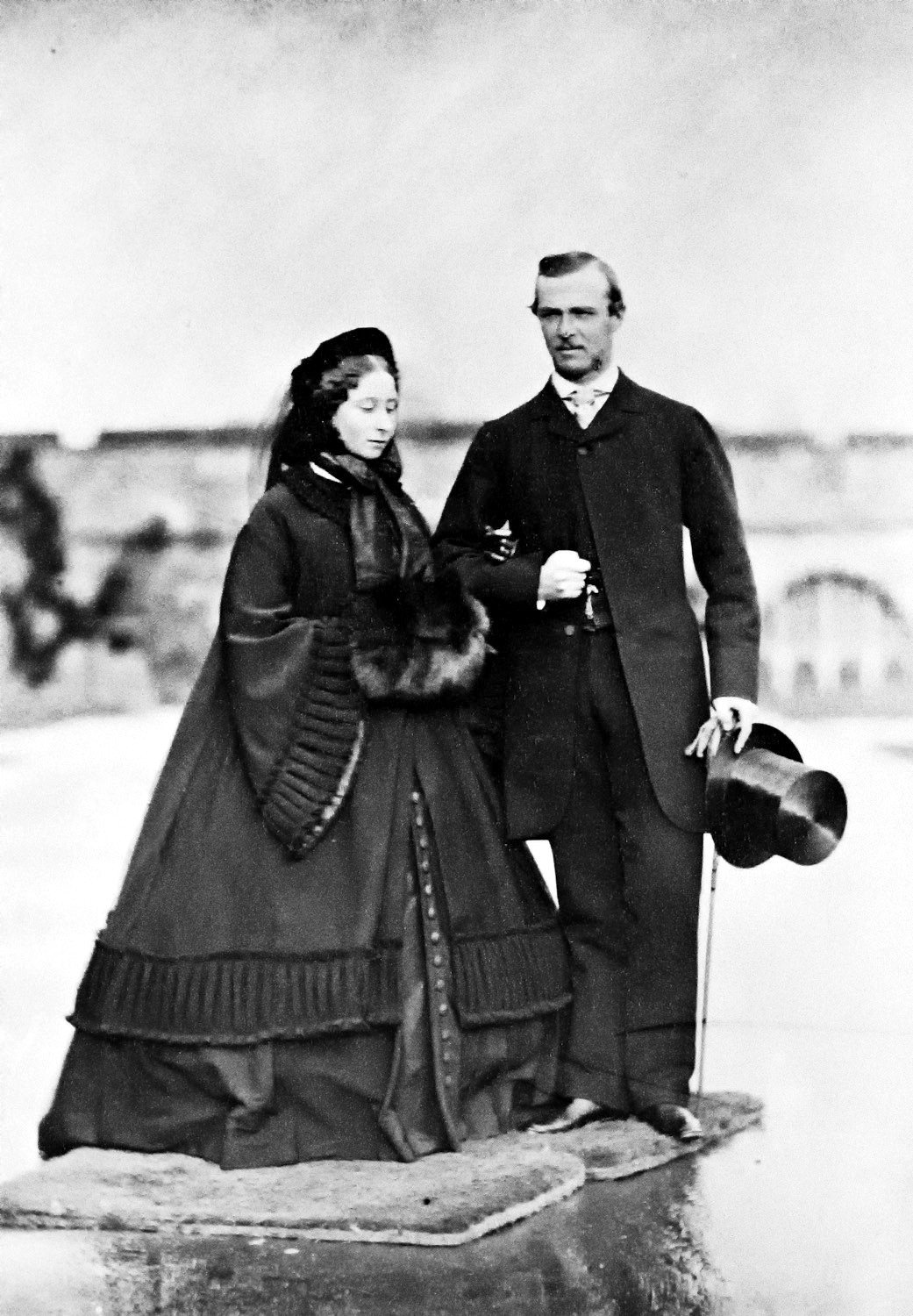Princess Alice of the United Kingdom, with her fiancée Prince Louis of Hesse and by Rhine